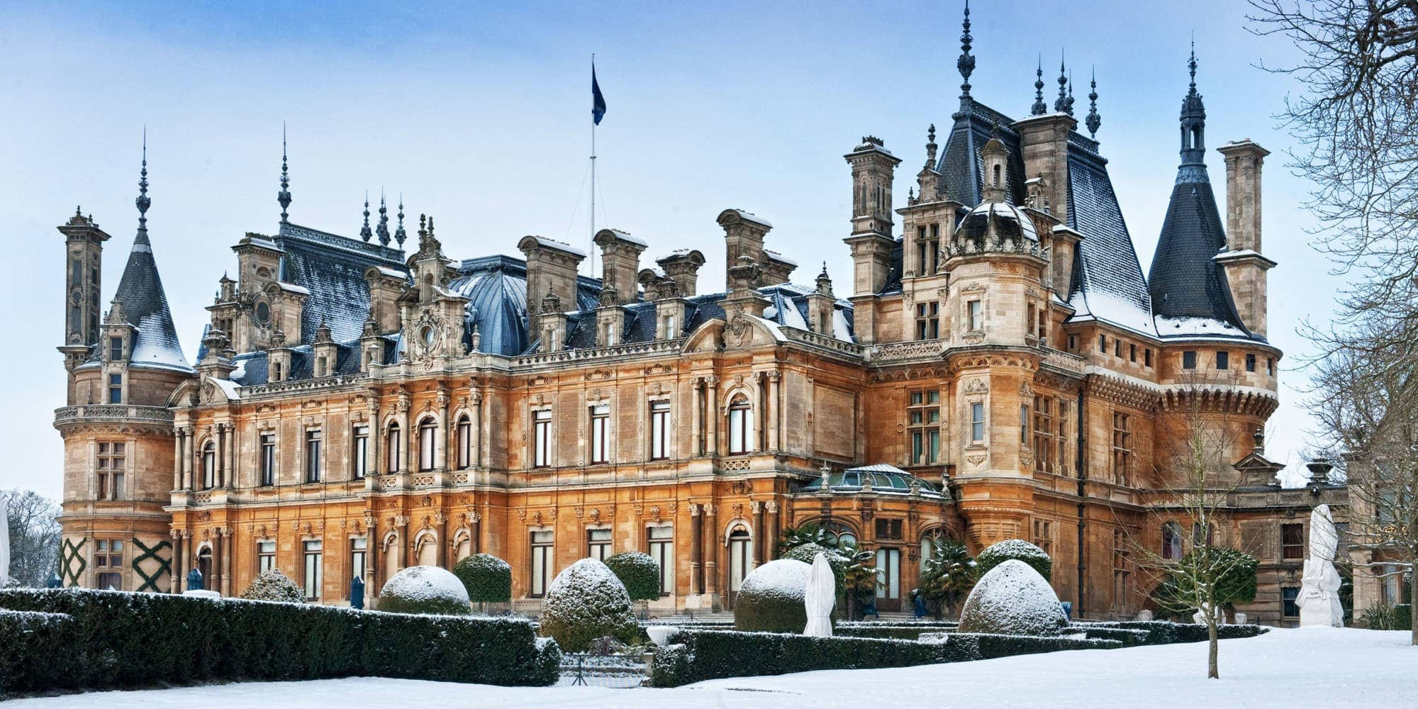 waddesdon-manor-snowy