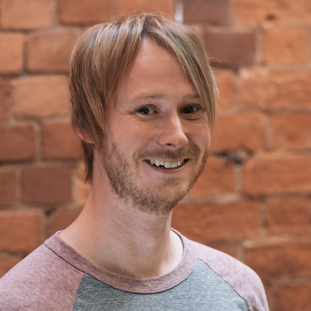 Lee, Developer