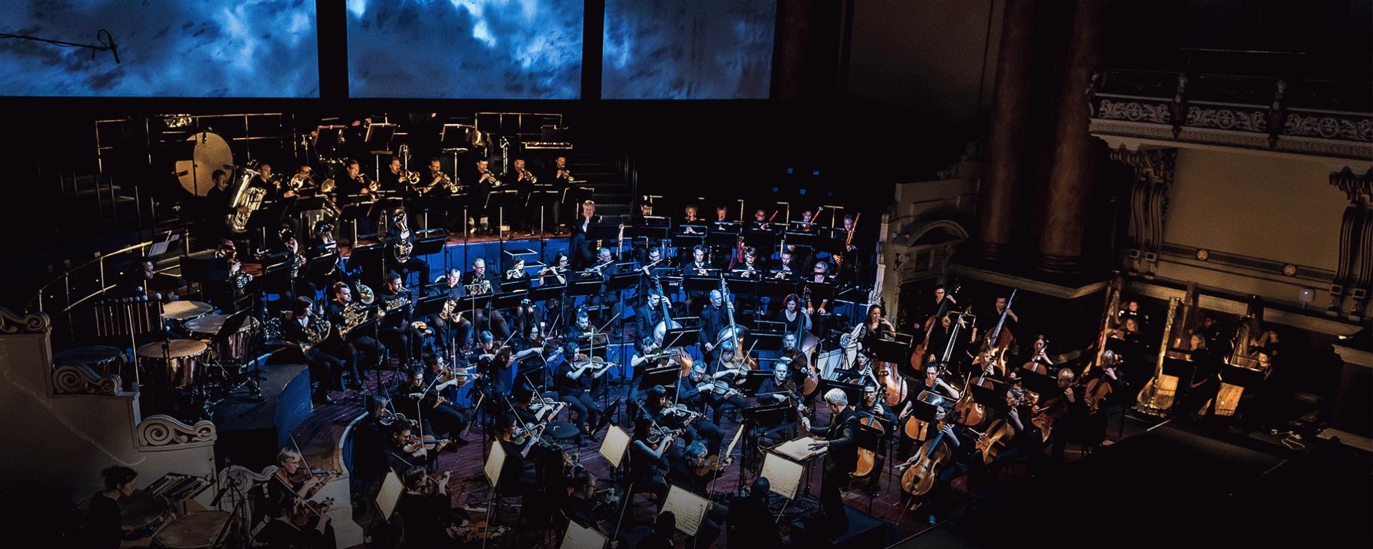 Opera-North-The-Ring-2016-Götterdämmerung-02-1990x796